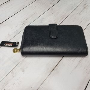 New!  Mundi Black Leather Wallet Scarbrough .